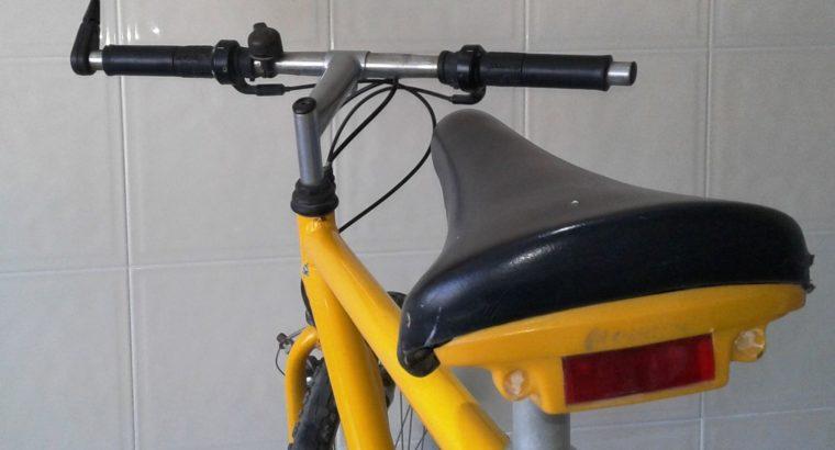 Vélo VTC Aluminium, 27'', 21 vitesses, Made In France